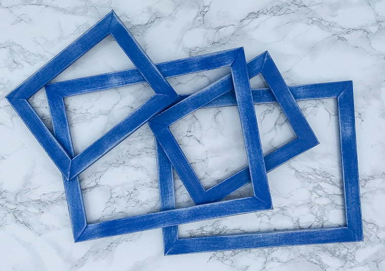 DIY   Frames   Robots   Perler Beads   Crafts   Kids   Children   Gifts   Paint   Free printable   Image   blue   cheap   Easy   IKEA frames  