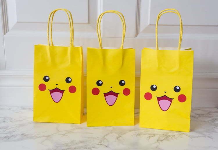 Pikachu | party bags | party favors | Silhouette | Easy DIY | Sacs surprises | Fête | Pokémon |
