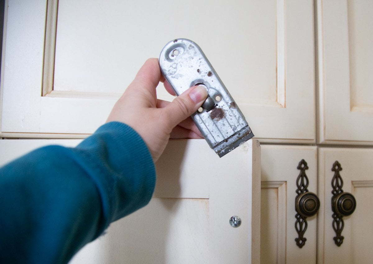 How to remove sticky bumpers from cabinet doors, goo gone,