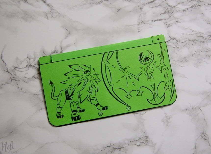 Invitationsd'anniversaireNintendo 3DS une fois collé. On peut voir le dessus