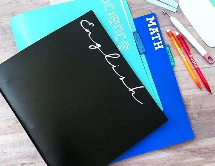 Fournitures scolaires personnalisés avec vinyle