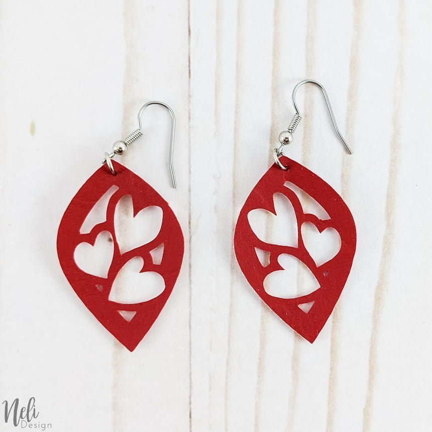 DIY Valentine's Day earrings, red with 3 hearts