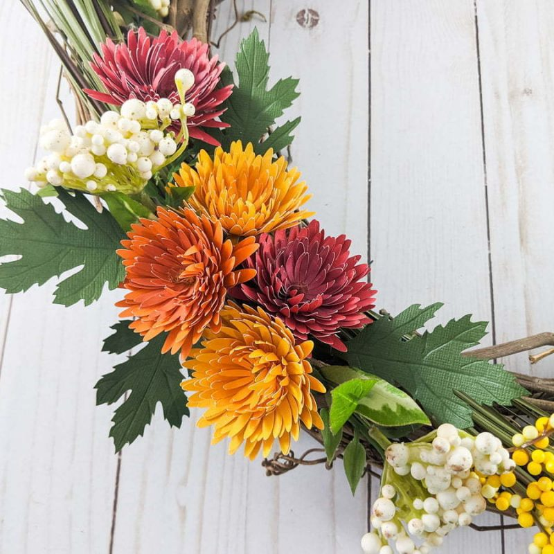 DIY chrysanthemum paper flowers on a wreath